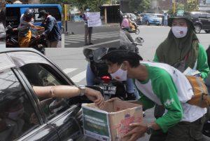 Penggalangan Dana dan Pembagian Masker, NU Malang Peduli Bekerjasama dengan Santri Cendekia